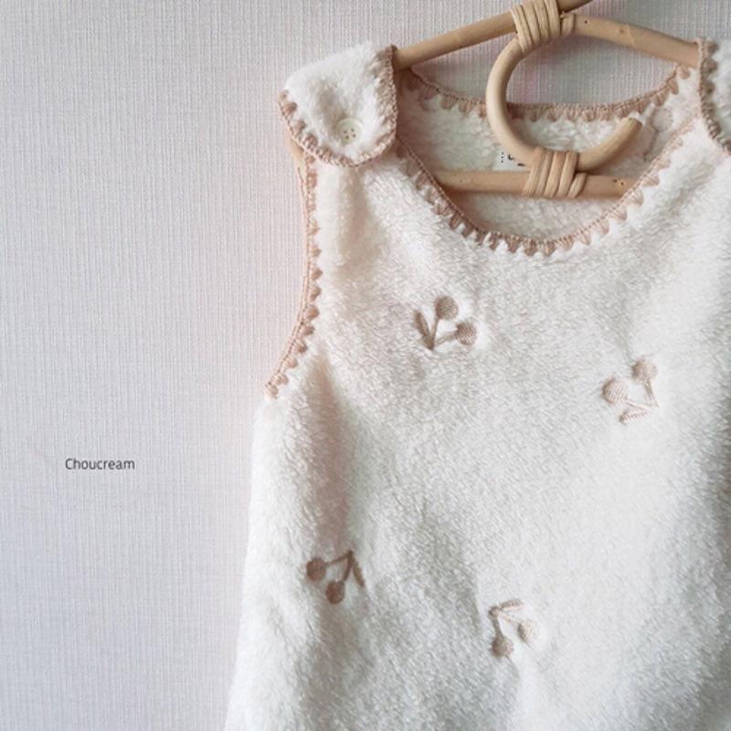 CHOUCREAM - Korean Children Fashion - #Kfashion4kids - Cherry Sleeping Vest - 9