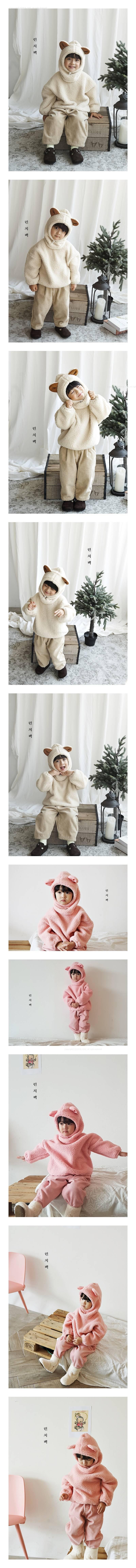LUNCHPACK - Korean Children Fashion - #Kfashion4kids - Hello Pooh MTM with Hat