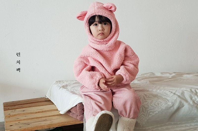 LUNCHPACK - BRAND - Korean Children Fashion - #Kfashion4kids - Hello Pooh MTM with Hat