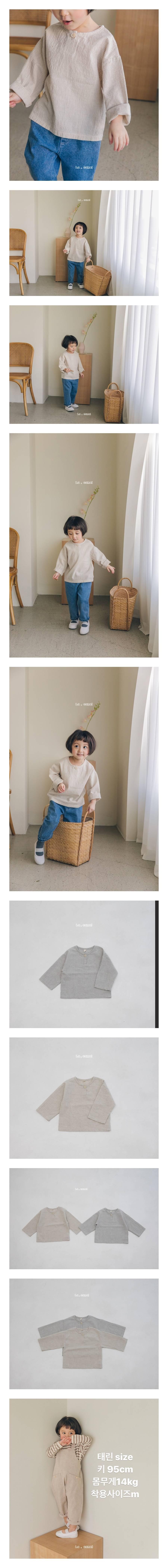 LA CAMEL - Korean Children Fashion - #Kfashion4kids - Mono Henly Neck Tee