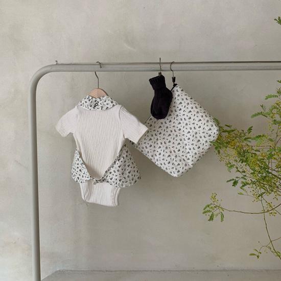 MONBEBE - Korean Children Fashion - #Kfashion4kids - Frill Bib - 12