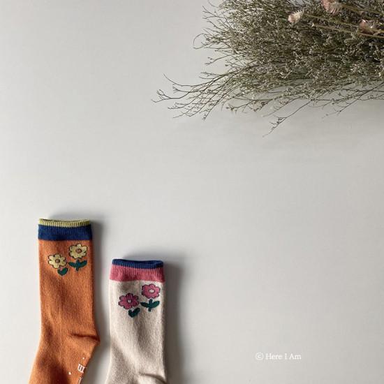 HERE I AM - Korean Children Fashion - #Kfashion4kids - Flare Knee Socks [set of 2]