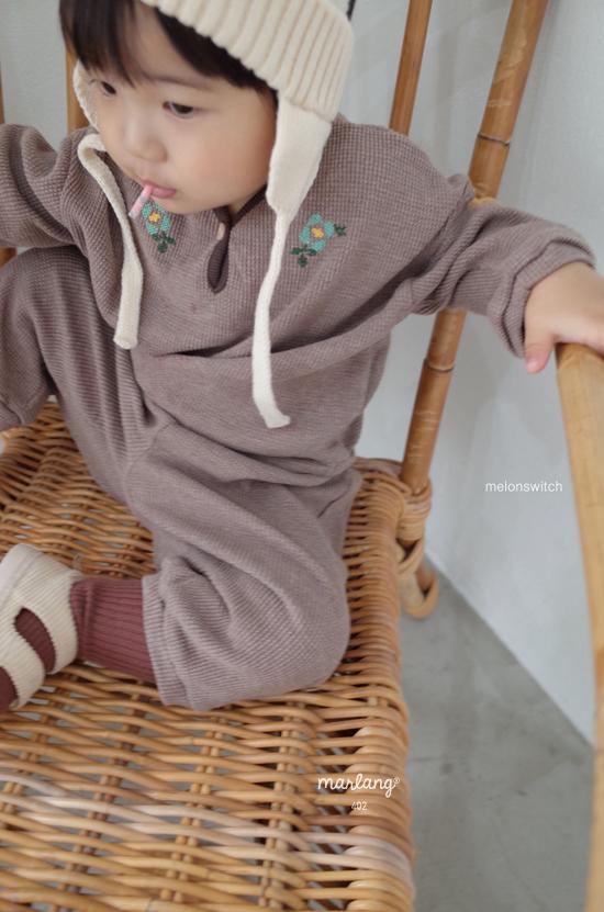 MELONSWITCH - Korean Children Fashion - #Kfashion4kids - Waffle Embroidery Top Bottom Set - 4