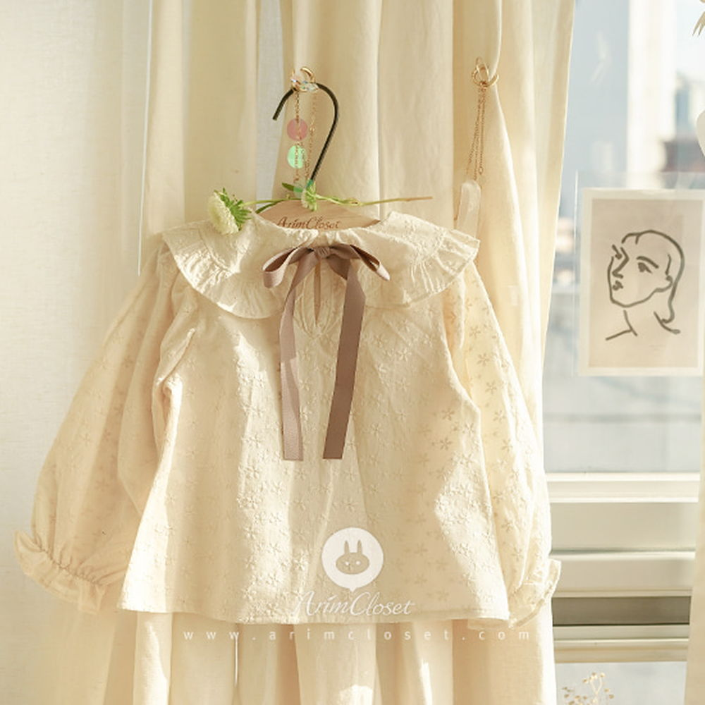ARIM CLOSET - BRAND - Korean Children Fashion - #Kfashion4kids - Brown Ribbon Punching Blouse