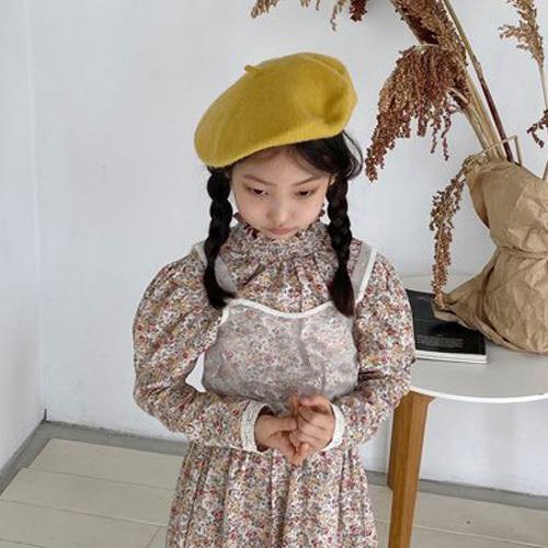 LOVE ROSIE - BRAND - Korean Children Fashion - #Kfashion4kids - Crop White Bustier with Mom