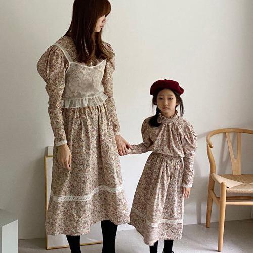 LOVE ROSIE - BRAND - Korean Children Fashion - #Kfashion4kids - Floral Collar Lace Top Bottom Set with Mom