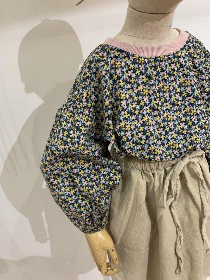 MOOI STORE - Korean Children Fashion - #Kfashion4kids - Small Flower Puff MTM - 2