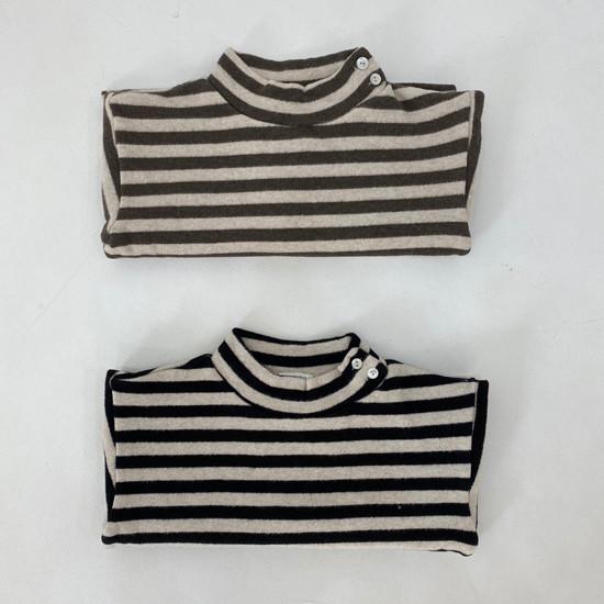 MELONSWITCH - Korean Children Fashion - #Kfashion4kids - Button Turtleneck Sweatshirt