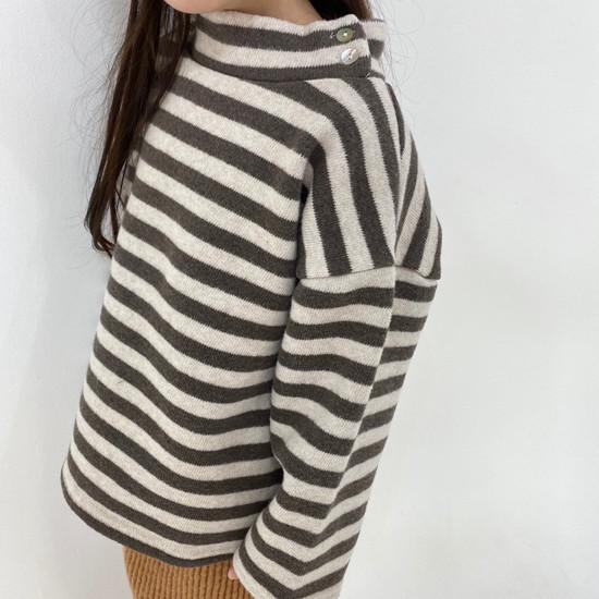 MELONSWITCH - Korean Children Fashion - #Kfashion4kids - Button Turtleneck Sweatshirt - 9