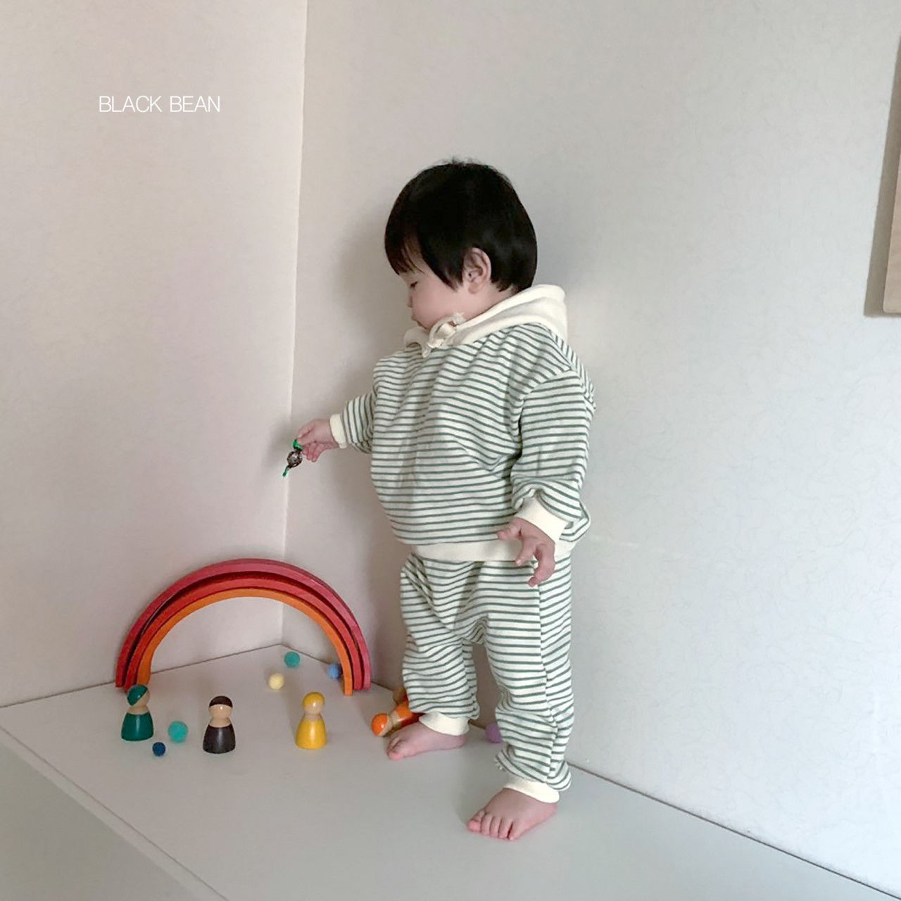BLACK BEAN - Korean Children Fashion - #Kfashion4kids - Bebe Crayon Top Bottom Set - 7