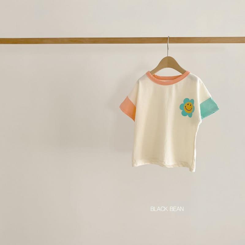 BLACK BEAN - BRAND - Korean Children Fashion - #Kfashion4kids - Flower Tee