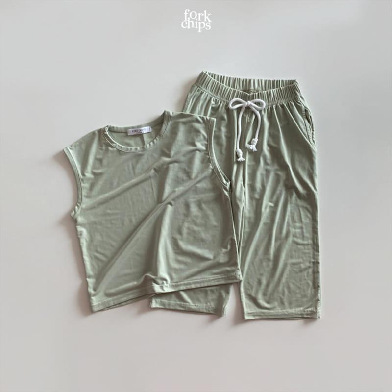 FORK CHIPS - Korean Children Fashion - #Kfashion4kids - Softly Top Bottom Set - 4