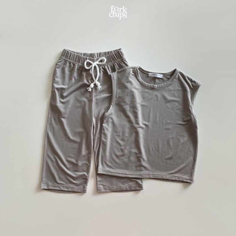 FORK CHIPS - Korean Children Fashion - #Kfashion4kids - Softly Top Bottom Set - 8