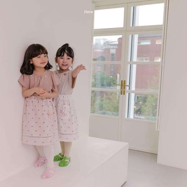 HERE I AM - Korean Children Fashion - #Kfashion4kids - Daisy Shirring Tee - 7