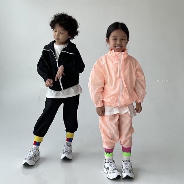 NRK - Korean Children Fashion - #Kfashion4kids - Crunch Zip-up Top Bottom Set - 8