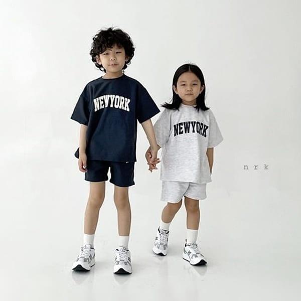 NRK - Korean Children Fashion - #Kfashion4kids - Cool New York Top Bottom Set - 3