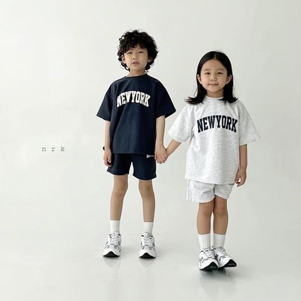 NRK - Korean Children Fashion - #Kfashion4kids - Cool New York Top Bottom Set - 4