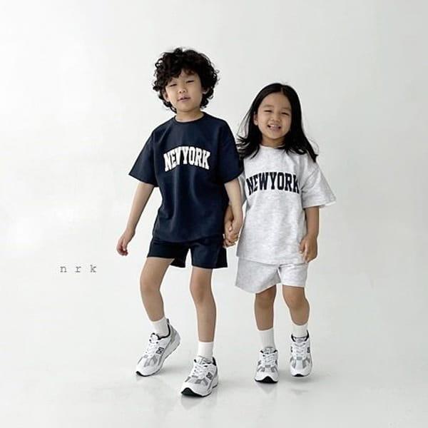 NRK - Korean Children Fashion - #Kfashion4kids - Cool New York Top Bottom Set - 5