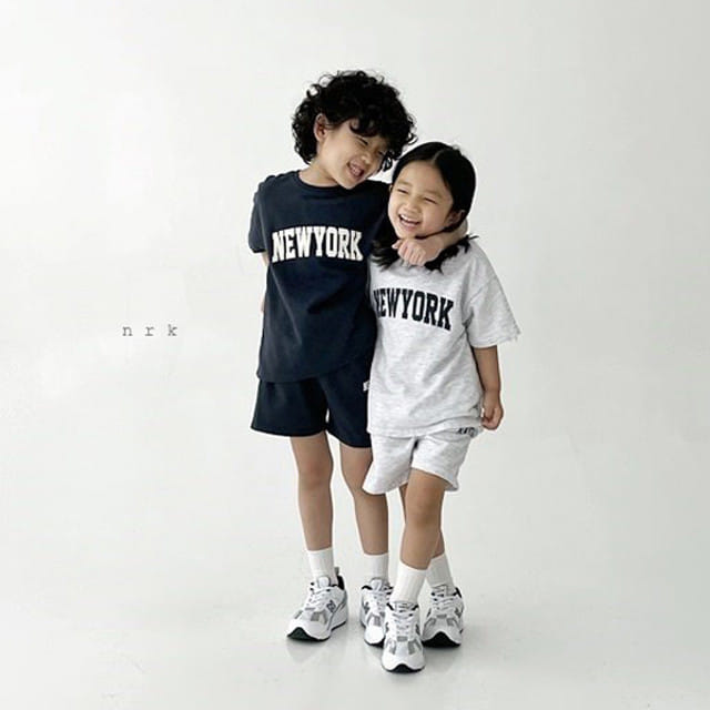 NRK - BRAND - Korean Children Fashion - #Kfashion4kids - Cool New York Top Bottom Set