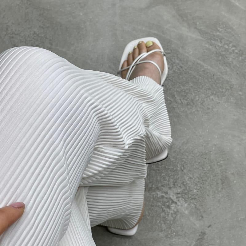 ONDO - Korean Children Fashion - #Kfashion4kids - Pleated Bootcut Pants - 2