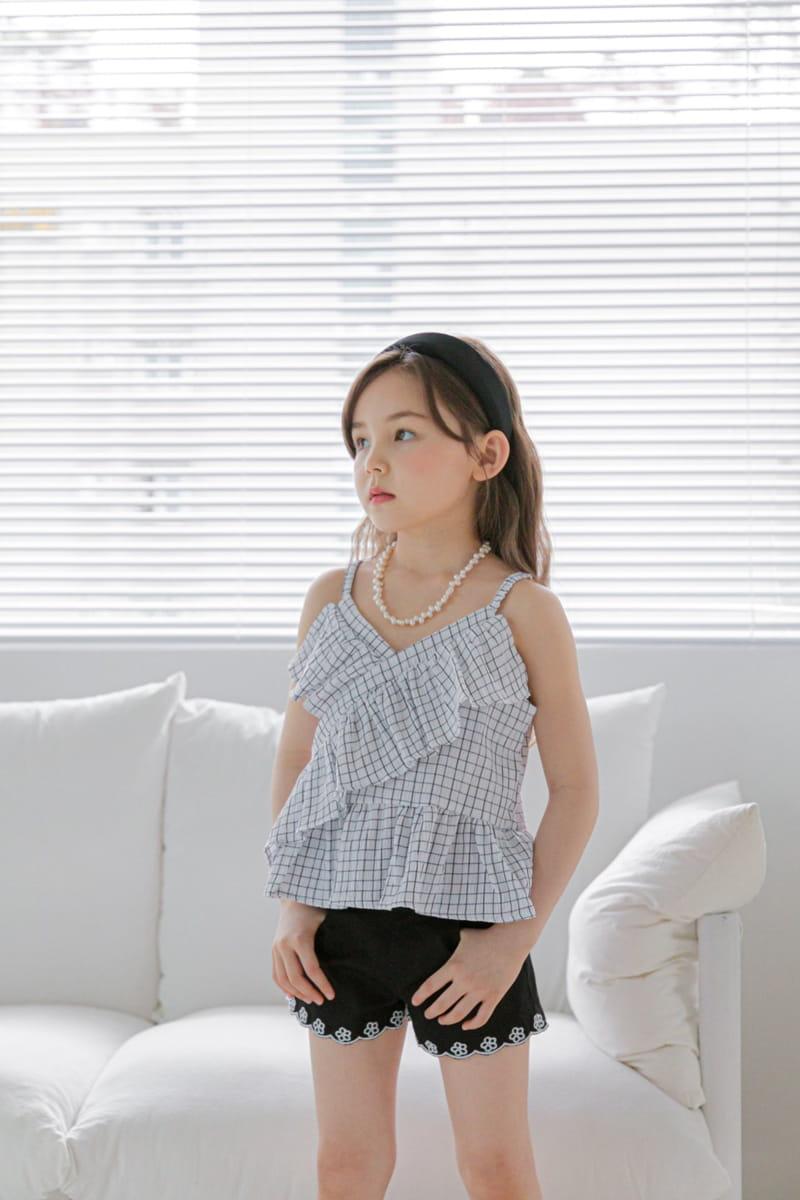 BERRY BERRY - Korean Children Fashion - #Kfashion4kids - Embroidery Denim Shorts - 7