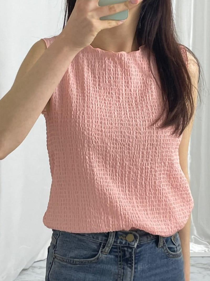 EVERYTHING WITH ME - Korean Children Fashion - #Kfashion4kids - A Soft Sleeveless Shirt - 4